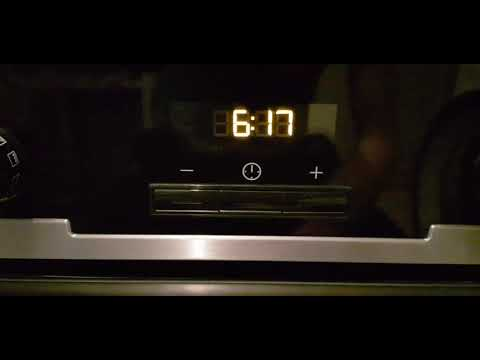 Как выставить время на духовом шкафу электролюкс