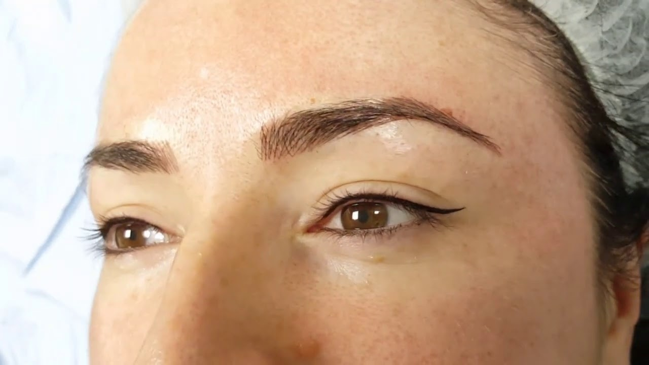Latino Eyeliner + Microbladed Eyebrows by El Truchan @ Perfect Definition