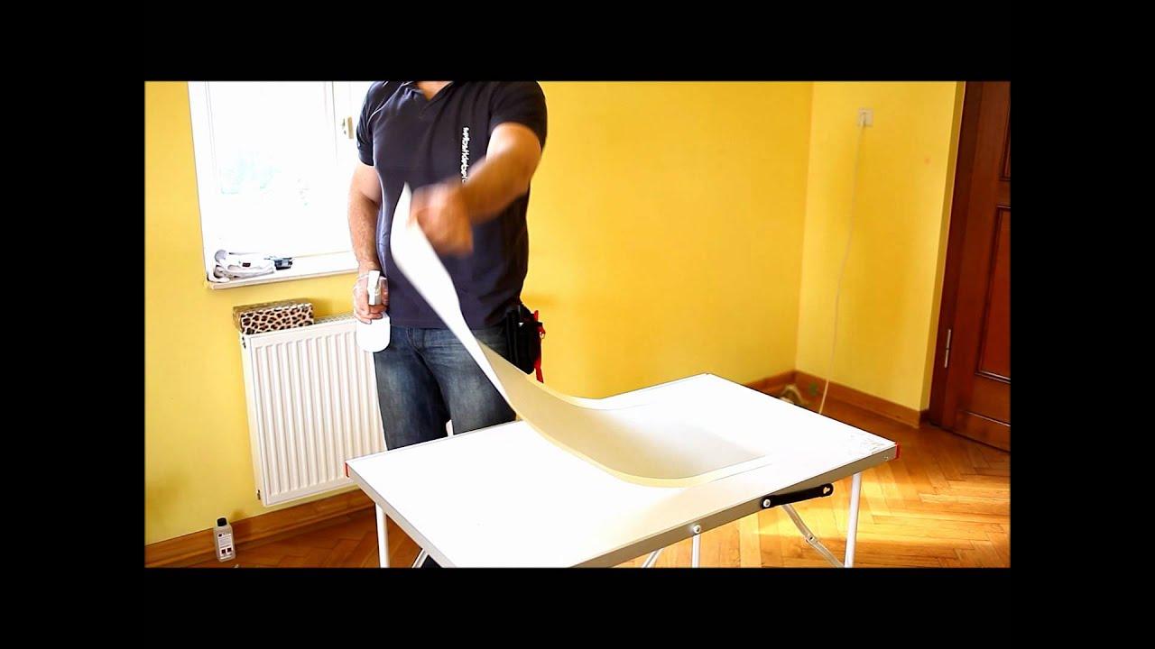 milchglasfolie nass verkleben und am fenster zuschneiden. Black Bedroom Furniture Sets. Home Design Ideas
