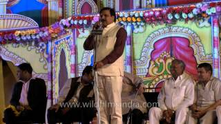Poet Gajendra Solanki performs at Ramlila ground of Old Delhi