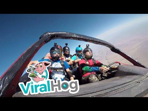 0 - Fallschirmsprung mit einem Auto