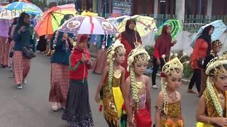 Download Video Karnaval Hari Kartini 2016 TK Nurul iman Temas batu MP3 3GP MP4