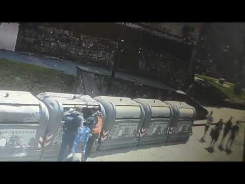 lvivadm: На вул Валовій виникло загоряння сміттєвих контейнерних майданчиків