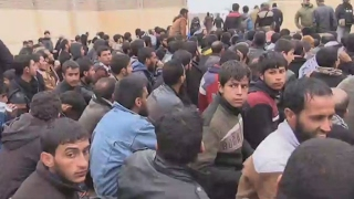 Iraq  Army forces fear IS fighters are concealed among Mosul refugees