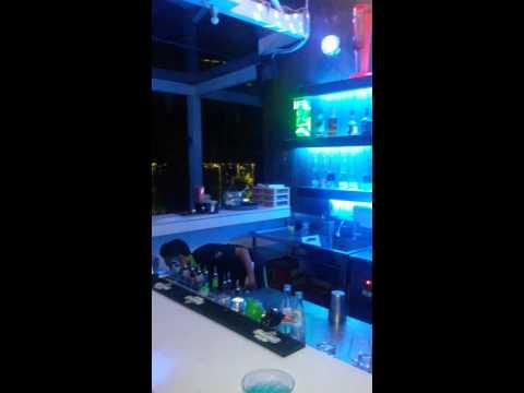 D'SkyBar Ibis Styles Yogyakarta-bartender show