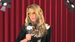 "The Muppets Trailer 2011 & Premiere Red Carpet Interviews with ""Joan Rivers"" and the Muppet ... Thumbnail"