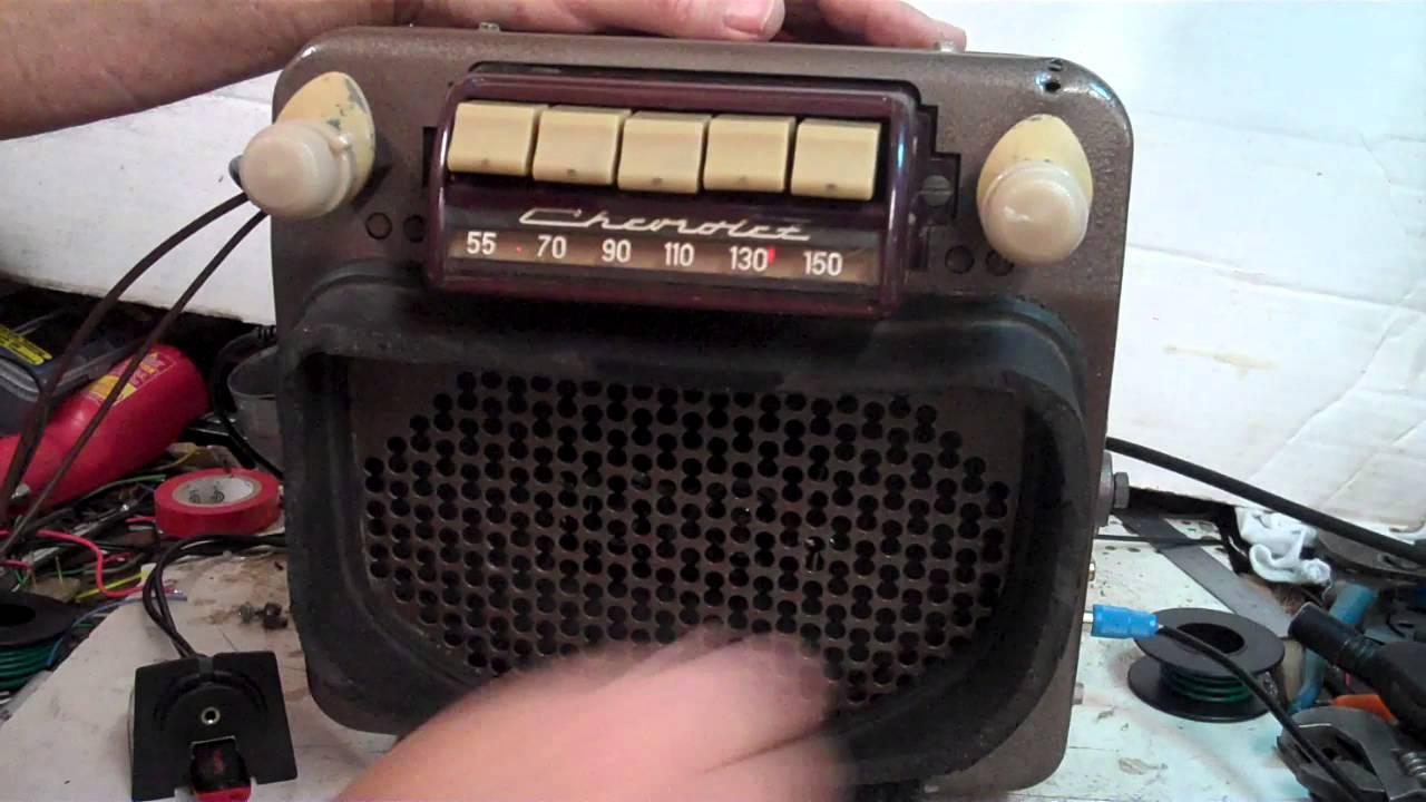 1947 thru 1953 Chevy Pickup Truck Original AM radio - YouTube