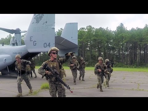 Marines Increase Readiness With Air Assault