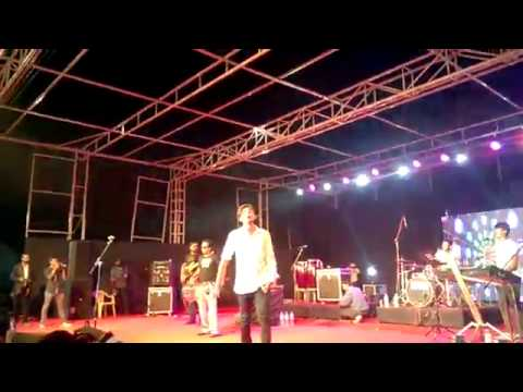 Kheech Meri Photo  - Darshan Raval - Sanam Teri Kasam - Live