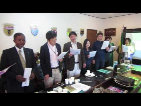 singing national anthem of gabon at Gabonese embassy in Tokyo ガボン国歌斉唱