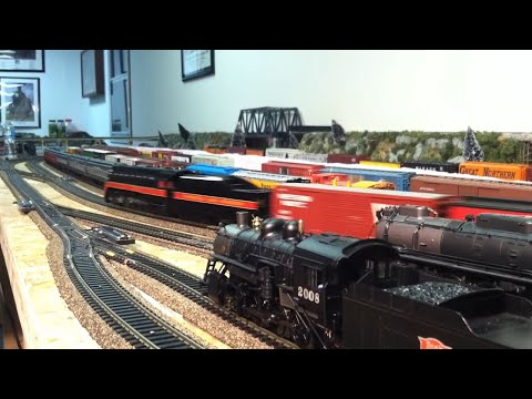 HO Scale Model Railroad Train Operation Video