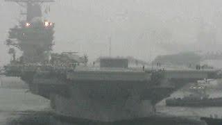 原子力空母ロナルド・レーガン入港 1203