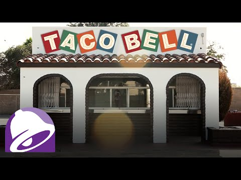 The Crunchy Taco Era is listed (or ranked) 1 on the list The Evolution Of The Taco Bell Menu Through The Years