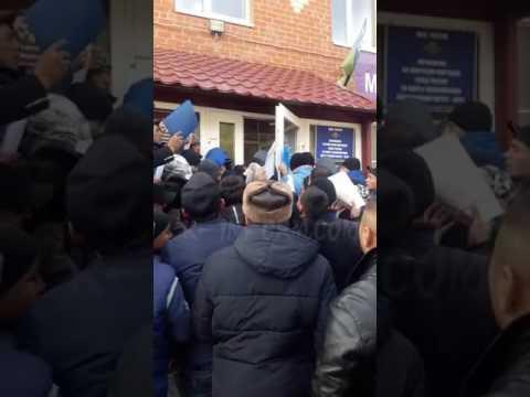 Штурм эмигрантами УФМС Ханты-Мансийска