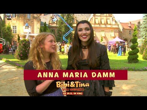 BIBI & TINA: VOLL VERHEXT! - Anna Maria Damm bei den Dreharbeiten