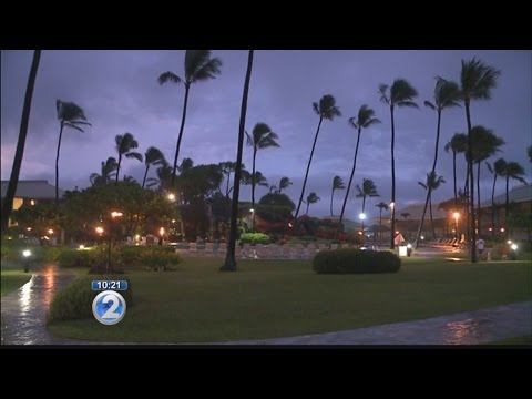 Mayor Carvalho signs emergency proclamation ahead as Darby creeps closer to Kauai