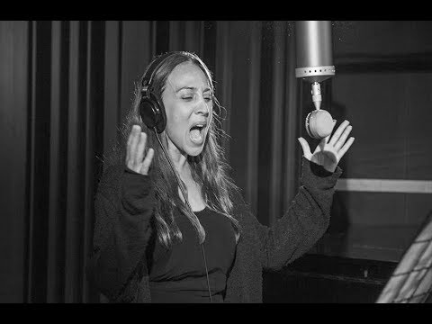 Mónica Naranjo - Voz REAL En El Estudio!