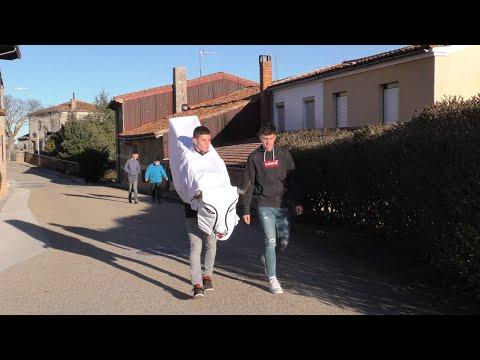 La Barrosa hace su aparición por las calles de Abejar