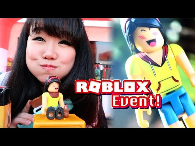 Roblox Toys Walmart Pop Up Event Vlog Dollastic Plays