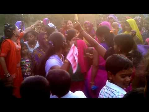 Bhojpuri Nagin dance of Girls in Pratapgarh, Uttar pradesh