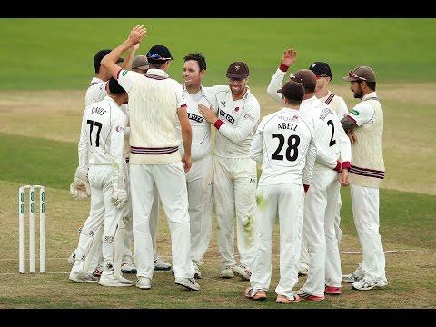 Somerset jolt Yorkshire title charge - Yorks v Somerset, Day One