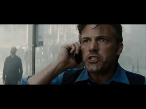 Batman V Superman - Dawn of Justice   Ultimate Edition   Metropolis Scene [HD]