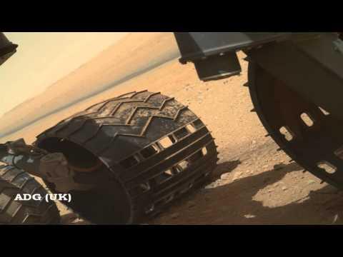 Mars Curiosity Buzzed By UFO? 2012 HD