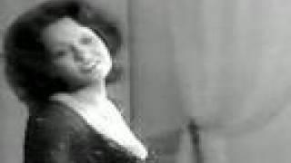 """VIRGINIA ALONSO sings """"Mein Liebeslied muß ein Walzer sein"""""""