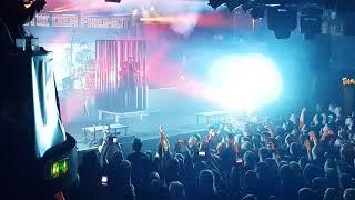 Hämatom - Intro + Zeit für neue Hymnen (Live in Hamburg - Die Bestie der Freiheit Releaseshow)