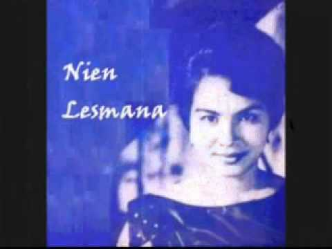 NIEN LESMANA - MAGIC IS THE MOONLIGHT @ P'Dhede Ciptamas.flv