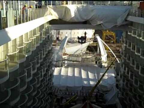 La nave pi grande del mondo youtube for La villa piu grande del mondo