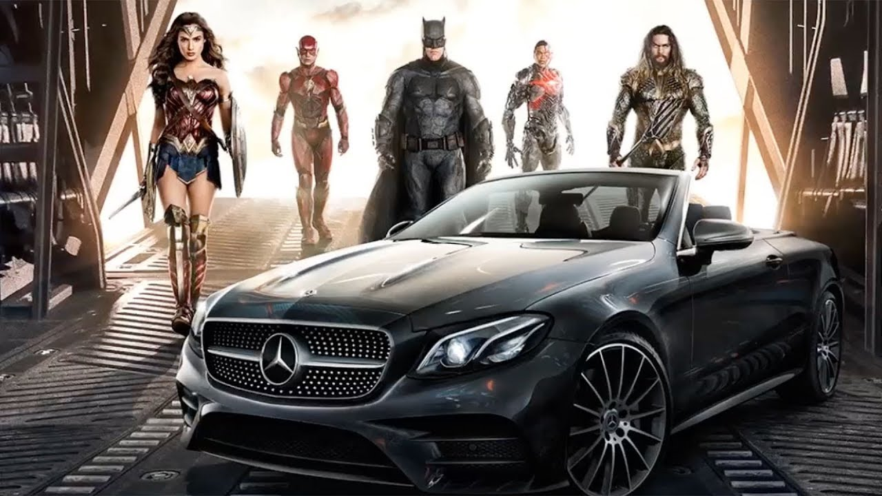 Justice league bruce wayne 39 s mercedes youtube for Justice league mercedes benz