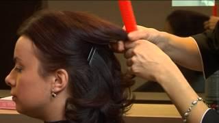Jak upiąć krótkie włosy w klasyczny kok