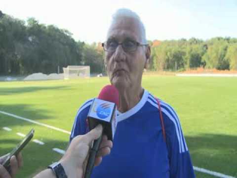 Estrena Cuba primera cancha sintética de futbol