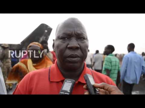 South Sudan: Firefighters and medics arrive on site of South Supreme Airlines crash