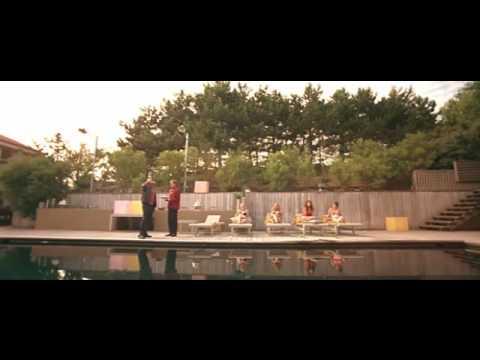 Extrait dikkenek le cochon la piscine youtube - Papa cochon a la piscine ...
