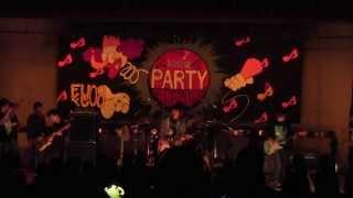 福岡大学フォークソング愛好会 2011年12月学内ライブ 1.Outtathaway! 2....