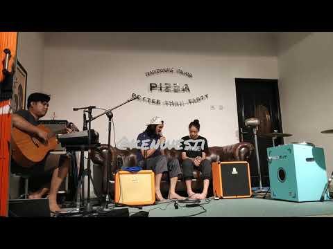 Duta Sheila on 7 duet dengan anaknya - Cinta dan Rahasia (cover) Yura Yunita ft. Glenn Fredly