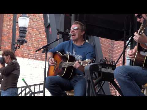 Craig Morgan - Redneck Yacht Club (10/27/12)