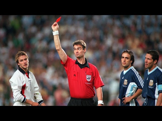 Why did David Beckham say that the best moment of his career... was a red card? - Oh My Goal