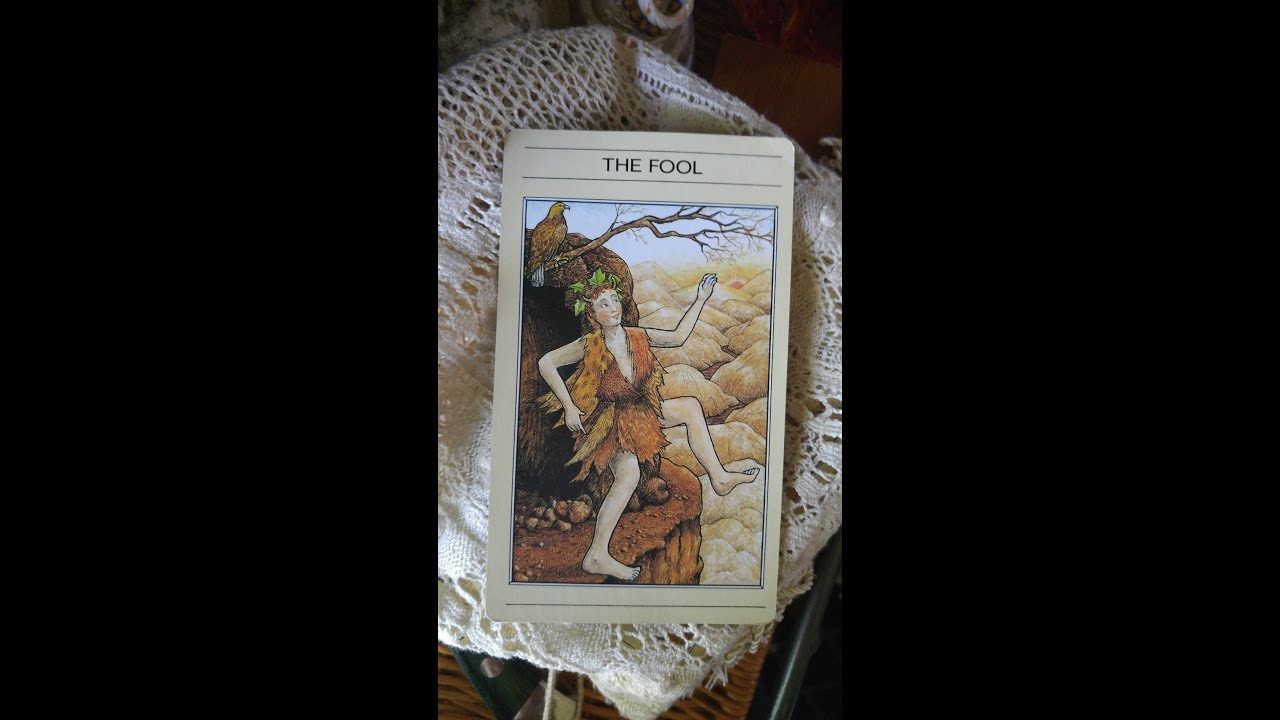 1986 Mythic Tarot 1st Edition Deck Flip Through by Grün Eule