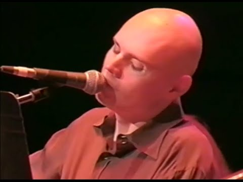 the-smashing-pumpkins-muzzle-10-18-1997-shoreline-amphitheatre-official-smashingpumpkins-on-mv