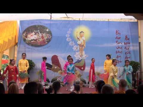 VESAK 2015 - GDPT Thien Minh - Mua Ca mung phat dan sanh