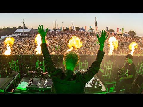 Armin van Buuren live at Creamfields 2017 🇬🇧 (August 26, 2017)