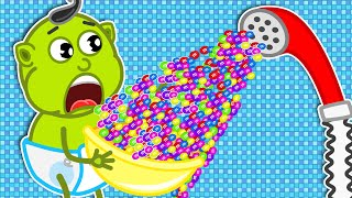 Lion Family | Play With a Strange Shower of M&M's | Cartoon for Kids