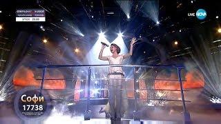 """Софи Маринова като Celine Dion - """"My Heart Will Go On"""" в Като две капки вода"""