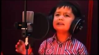 Video ALAHSY-Copil de 8 ani canta extraordina download MP3, 3GP, MP4, WEBM, AVI, FLV Oktober 2018