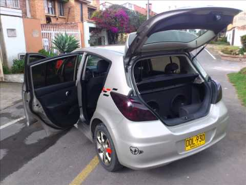 Nissan Tiida Hb 09 Youtube