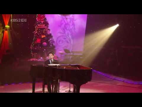 [081212] Yiruma sings Rivers Flows In You (english subtitle)