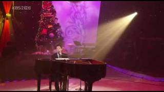 [081212] Yiruma sings Rivers Flows In You (english subtitle)